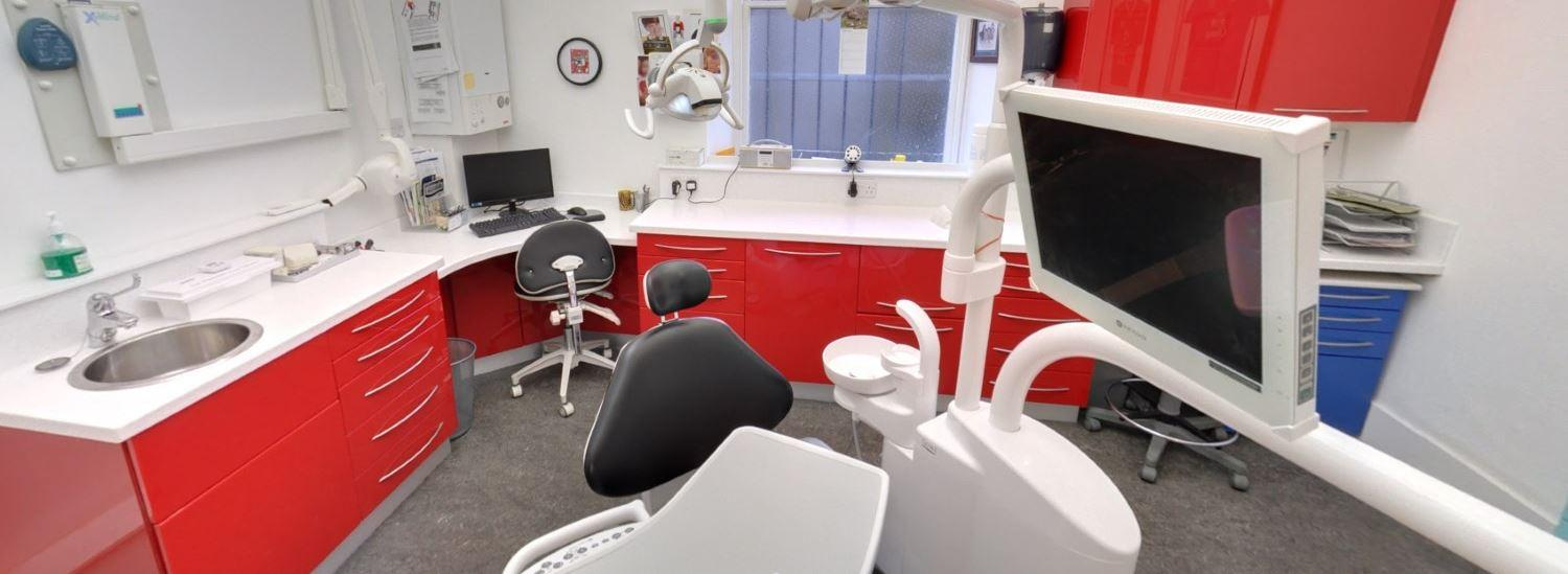 Stuart Steven BDS - Dental Practice Room